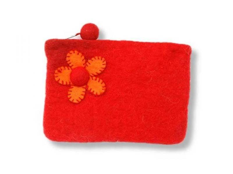 Stor pung med blomst